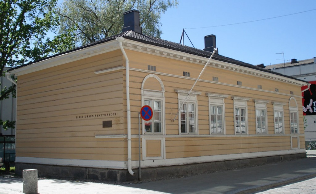 Sibelius's birthplace in Hämeenlinna (Photo: © Balcer/Wikipedia Commons)