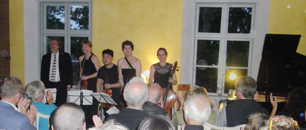 Folke Gräsbeck and the Flinders Quartet at Korpo gård (photo: © Geoff Hayes)
