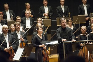 Okko Kamu amd the Lahti Symphony Orchestra (photo: © Juha Tanhua)